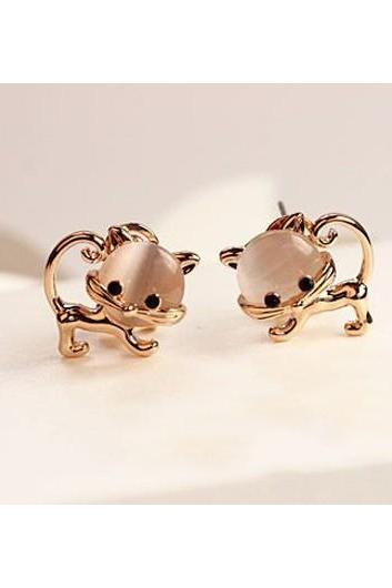 Free Shipping Cute Cat Shape Design Metal Earrings